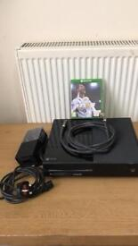 Xbox one 500g & Fifa 18 & hdim cable & power cable working perfectly