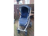 Pushchair and carrycot