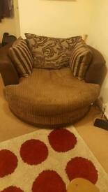 DFS Infinity Large Swivel Chair