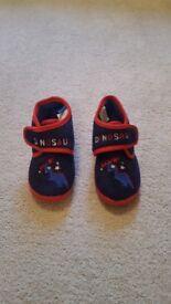 Dinosaur slippers - toddler size 7