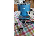 DeLonghi ECO 311 Vintage-look Coffee Machine/Espresso machine with milk steamer RRP £120