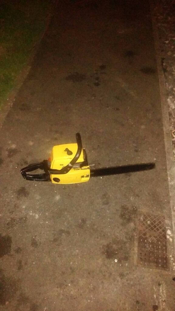 Partner petrol chain saw