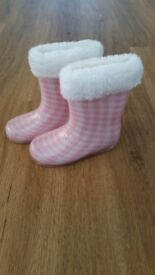 NEW Girl boots size 5