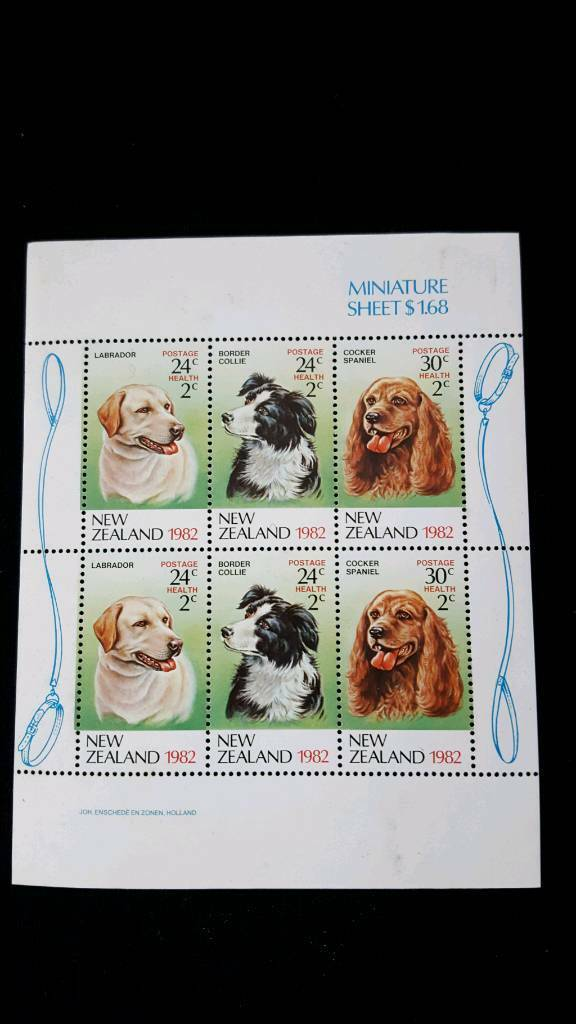 NEW ZEALAND DOGS 1982 MINIATURE SHEET OF STAMPS