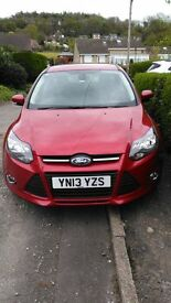 Candy red Ford Foucs 1.6 Zetec 5 dr, 2013, low mileage, 1 former owner, 11 months MOT, Petrol.