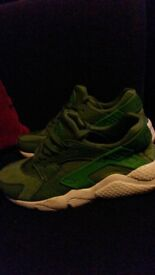 Nike Air Huarache size 4.5 - green