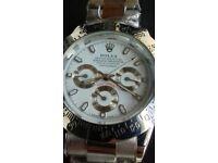 *Automatic* Rolex Daytona with functioning chronographs
