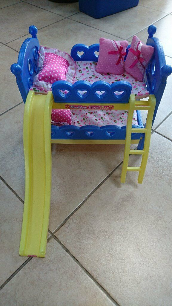 Dolly's Bunk Beds