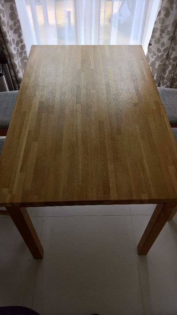 Ikea dining table - Solid oak wood - Great condition