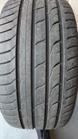 Evergreen Dynacontrol EU728 Tyres 255 35 19
