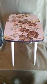 Retro 1950's Floral Melamine Side Table