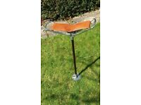 Shooting stick seat with lightweight metal shaft and folding seat