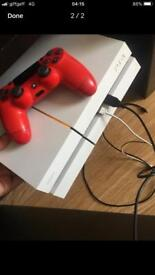 WHITE PS4 PERFECT CONDITION