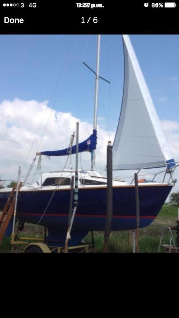 Boat for sale (yacht)with out board