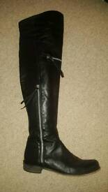Pied A Terre Over The Knee Leather Boots Size 5.