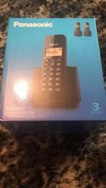Panasonic trio phone boxed never used £13