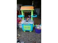 ELC 360 degree kitchen set in good condition with box full of fruit veg and accessories