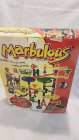 Marbulous TOTO TOY with 100 pcs and 20 marbles