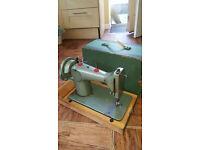 VINTAGE Sewing Machine old winding style Jones Green sewing machine in good condition