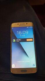 Samsung galaxy s6 edge unlocked cracked workds fine with case platinum gold