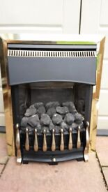 Gas fire place in used good condition boxed look on pictures!can deliver or post! Thank you