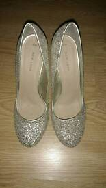 Gorgeous size 6 heels by New Look