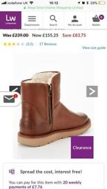 Ugg Abree Leather boots S4
