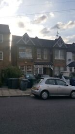 4 Bedroom Terraced House to Rent in Muswell Hill