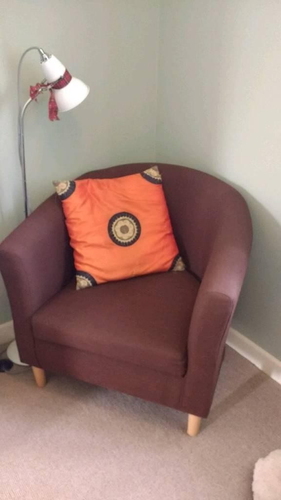 Chocolate tub chair