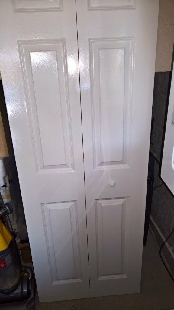 wickes woburn internal bi fold door white smooth moulded 6. Black Bedroom Furniture Sets. Home Design Ideas