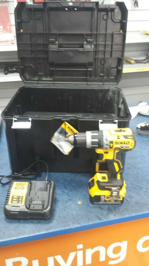 Dewalt brushless dcb115 xr li-ion 18v 5ah