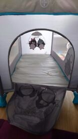 Travelcot in excellent condition