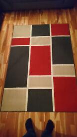 46 x 67 Red/Cream/Blue Rug