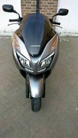 64 Reg Honda Forza 300cc Low Miles Good Condition Bargain Price
