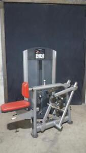 Life Fitness seated row signature series