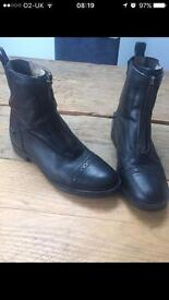 Tredstep riding boots size 5