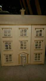 Doll s house