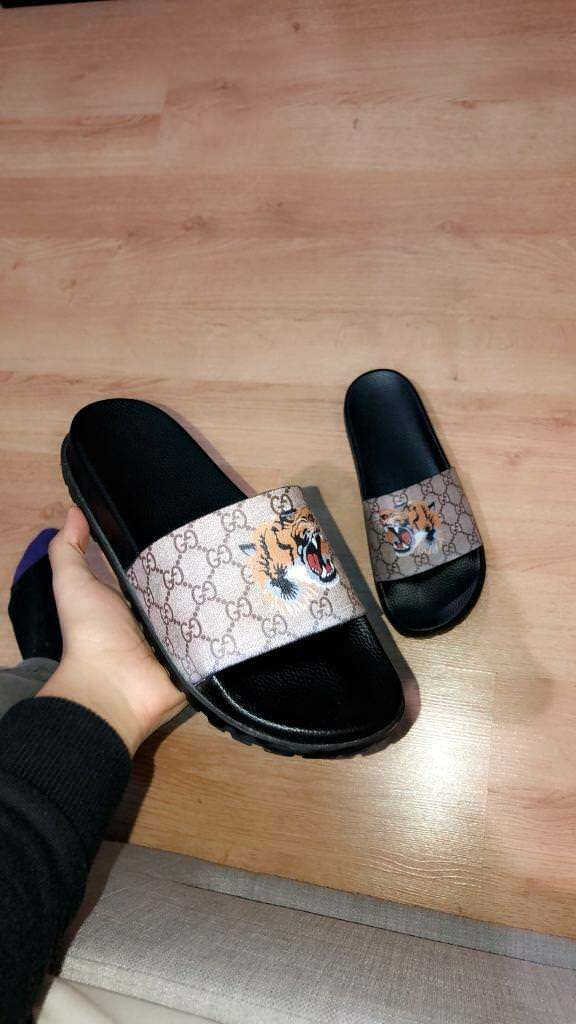 92a2bb00 Gucci Bengal tiger slides mens | in Walthamstow, London | Gumtree