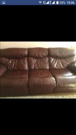 Lazyboy real leather reclining suite,red/burgundy,fab condition£450 offers
