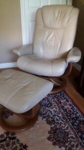 La-Z-Boy Recliner Chair and Ottoman