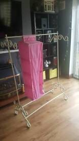 Shabby Chic/ Hanging clothes Rail