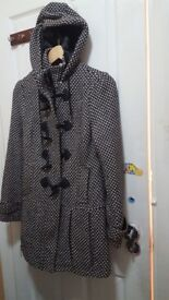 Woman's Winter coat very nice size 8