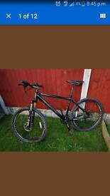 Mountain bike size m