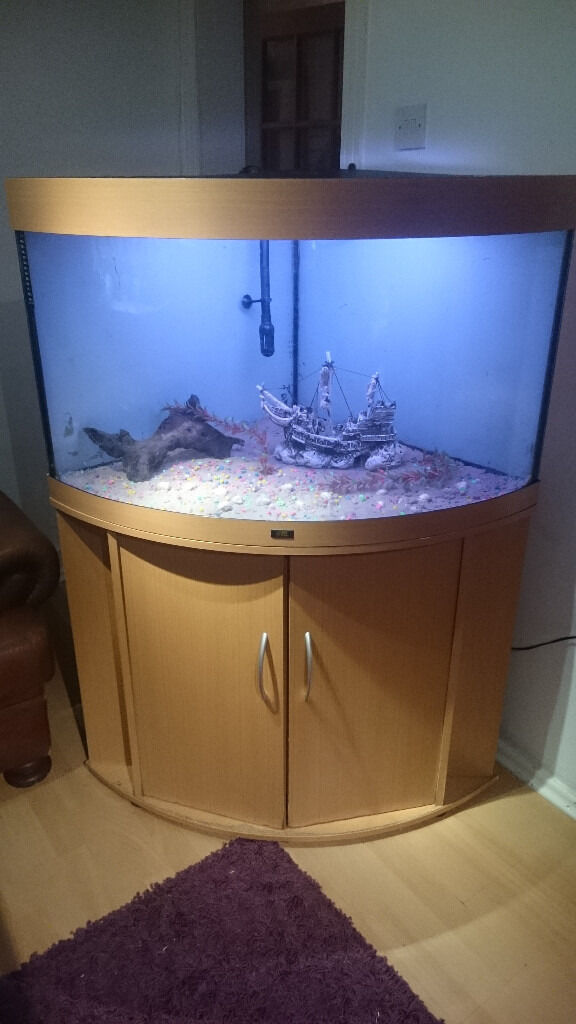 JUWEL CORNER FISH TANK FOR SALE FULL SET UP,,190 LITER