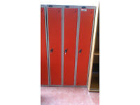 Red 3 section locker unit