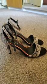 Marks and spencers ladies heels