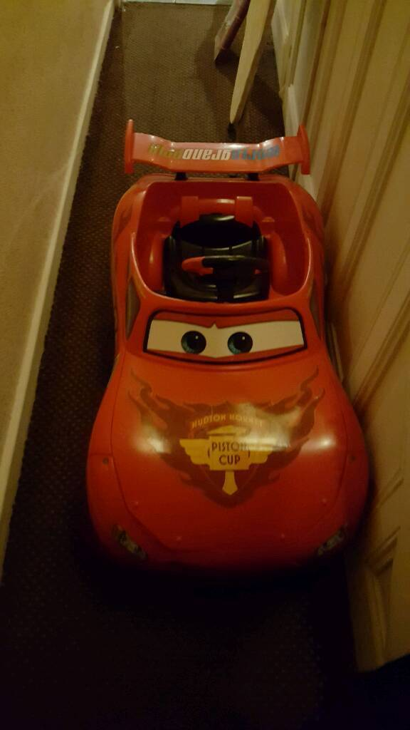 Lightning mcqueen electric carin Wallasey, MerseysideGumtree - With charger good condition