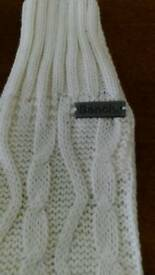 BENCH Cableknit Gloves. £5.00