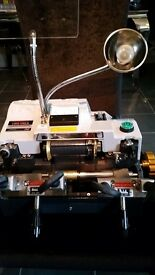key cutting machine brand new and in excellent condition..also comes with blank keys