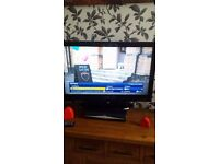 32 inc lcd tv with built in dvd and freeview and remote included ring me 07399713926